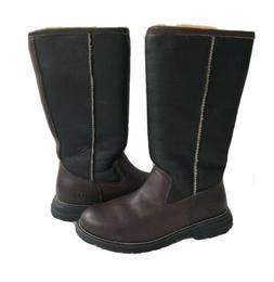 UGG BROOKS BROWN SHEARLING LINED WATER RESISTANT TALL BOOT U
