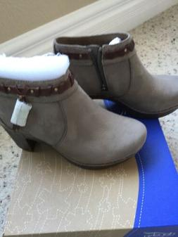 Dansko Dabney Booties Boots Women 36 Taupe Milled Nubuck  NW