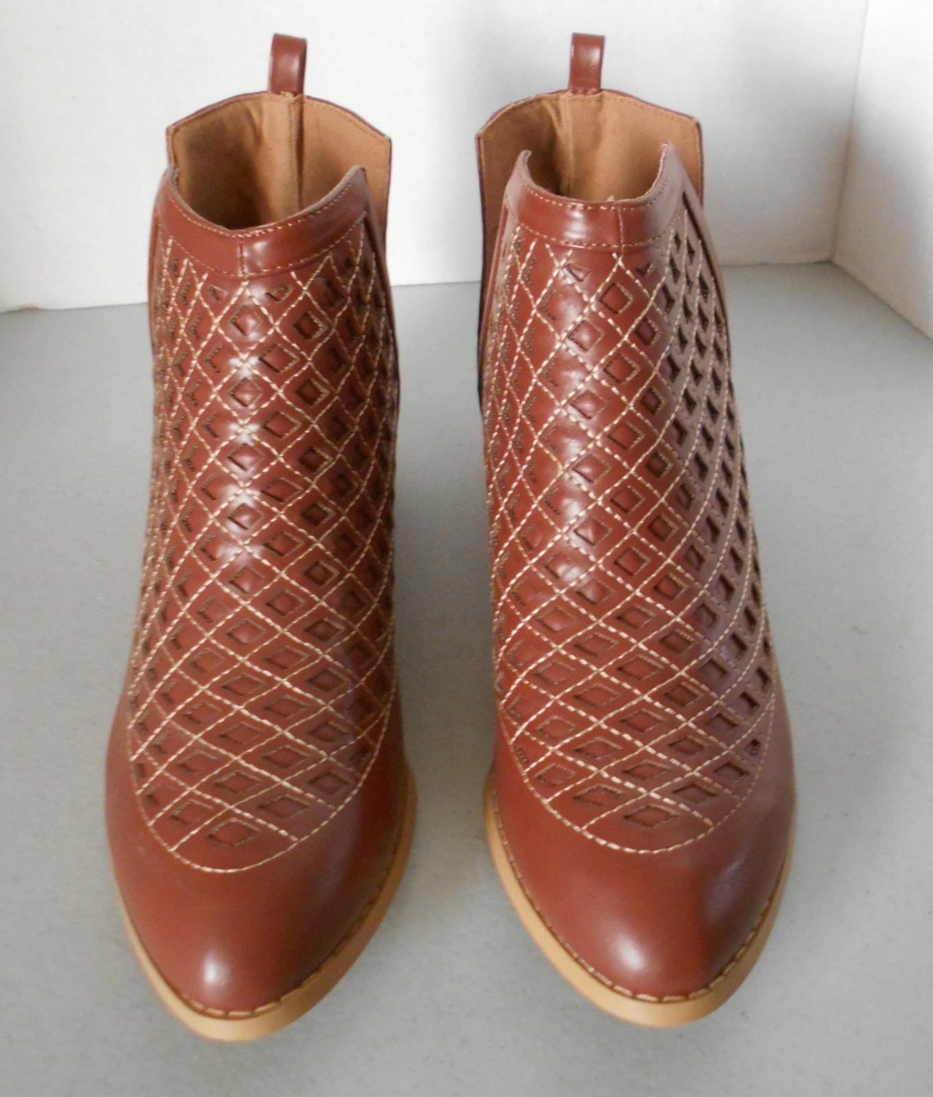 Women's Boots 7 Olive Street Ankle Laser Cut