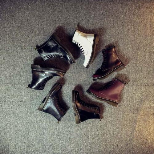 Women's Boots Lace-Up Round