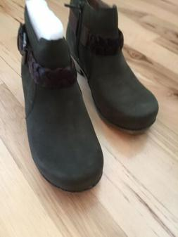 michelle milled nubuck olive womens ankle boots