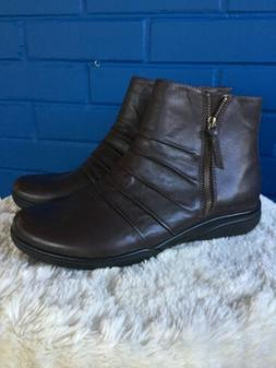 NEW Clarks Kearns Blush Brown Leather Ankle Boot Womans sz 1
