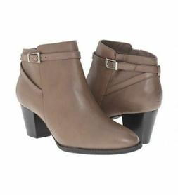rory women s boots with orthaheel upright