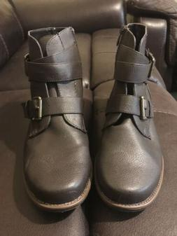 Women's Brown Forever Ankle Boots Size 8.5